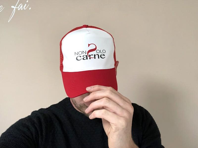 Cappellini personalizzati rossi e bianchi - Serigrafia Venezia Mestre