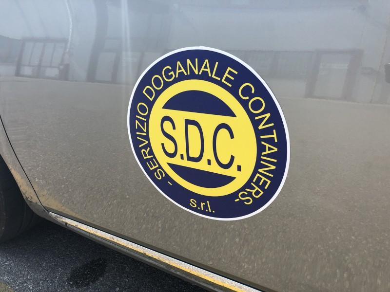 Adesivi per auto e veicoli personalizzati