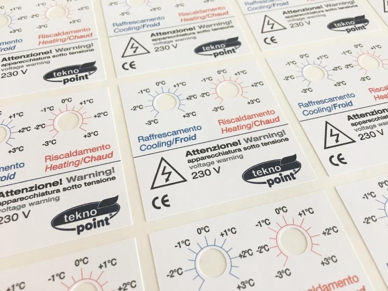 Etichette adesive fustellate, adesivi sagomati con foro