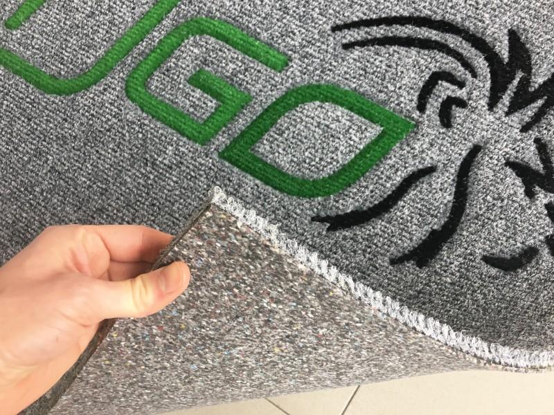 Tappeto personalizzato intarsiato a Venezia, zerbino personalizzato su misura