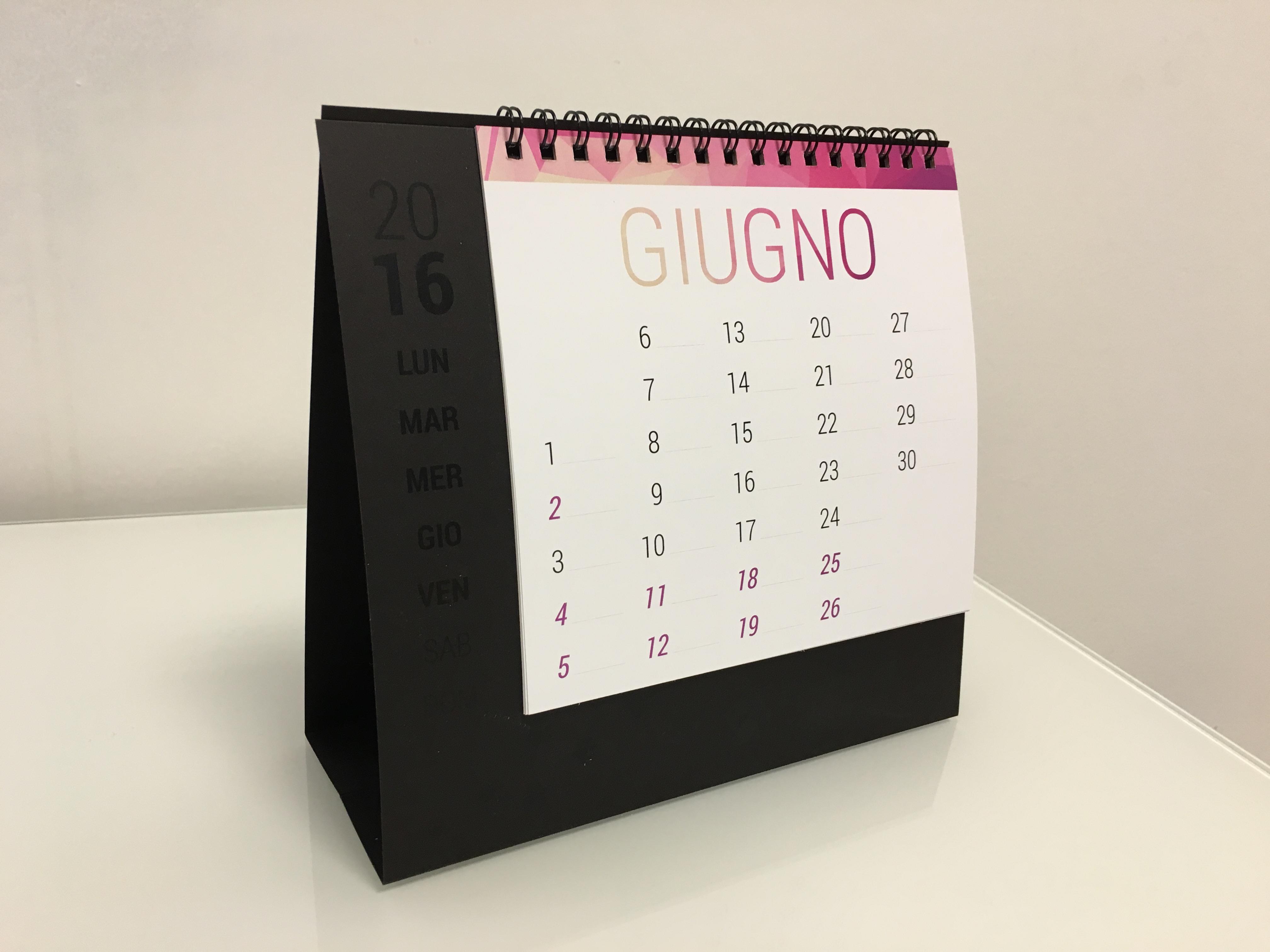 Calendario da tavolo new maxi 2016 calendario personalizzato da tavolo e scrivania print cat - Agenda da tavolo 2017 ...